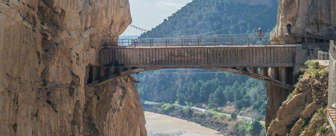Caminito del Rey tiene un total de 7,7 kilómetros con 2,9 kilómetros de pasarelas