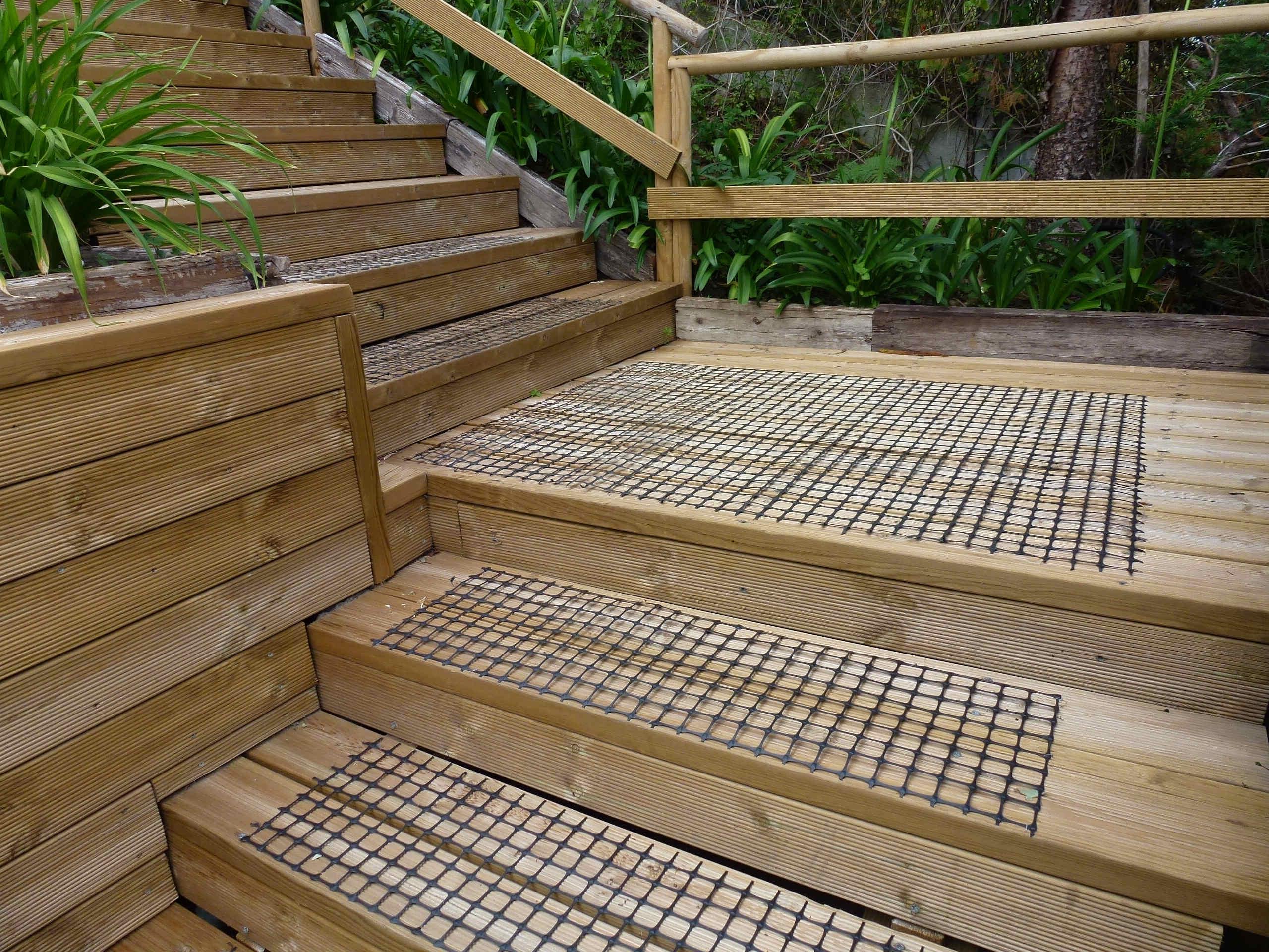 Para evitar resbalones en las escaleras y ganar en seguridad, Trek-Net